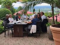 Senat der Wirtschaft, Weinblütenfest am Senatsweinberg in Burrweiler